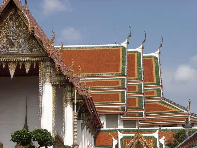 Zdjęcia: Bangkok, Charakterystyczne dachy, TAJLANDIA