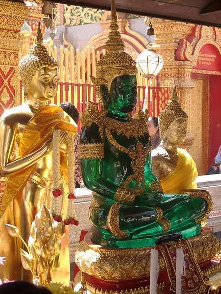 Zdjęcia: Chiang Mai, Istnieją miliony posążków Buddy. Ten był szalenie oryginalny., TAJLANDIA