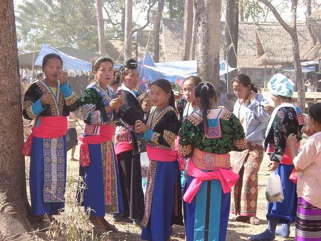 Zdjęcia: Laos, Golden Triangle - pogranicze z Tajlandią, Festyn ludowy w Laosie, TAJLANDIA