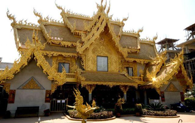 Zdjęcia: Biała Pagoda, W drodze do graicy z Birmą, Fotka 1, TAJLANDIA