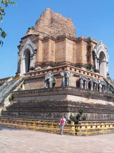 Zdjęcia: Chiang Mai, północ Tajlandii, Swiątynia Chedi Luang, TAJLANDIA