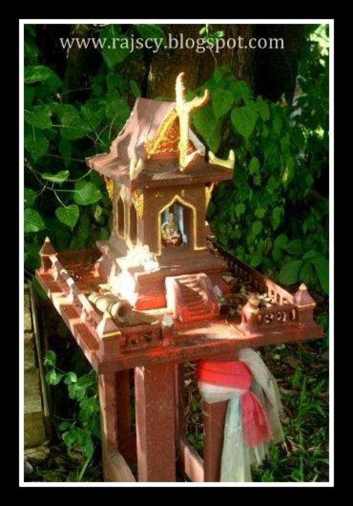Zdjęcia: Pai, Domek dla duchów., TAJLANDIA