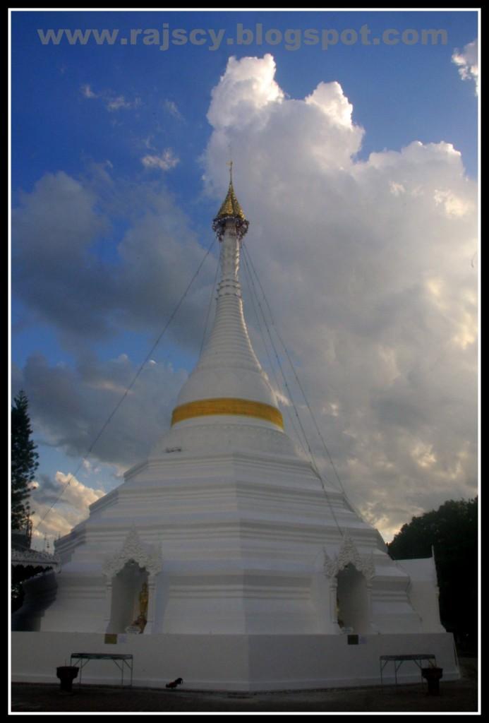 Zdjęcia: Mae Hong Son, Mae Hong Son, północno wschodnia Tajlandia, Wat Doi Kong Mu, TAJLANDIA