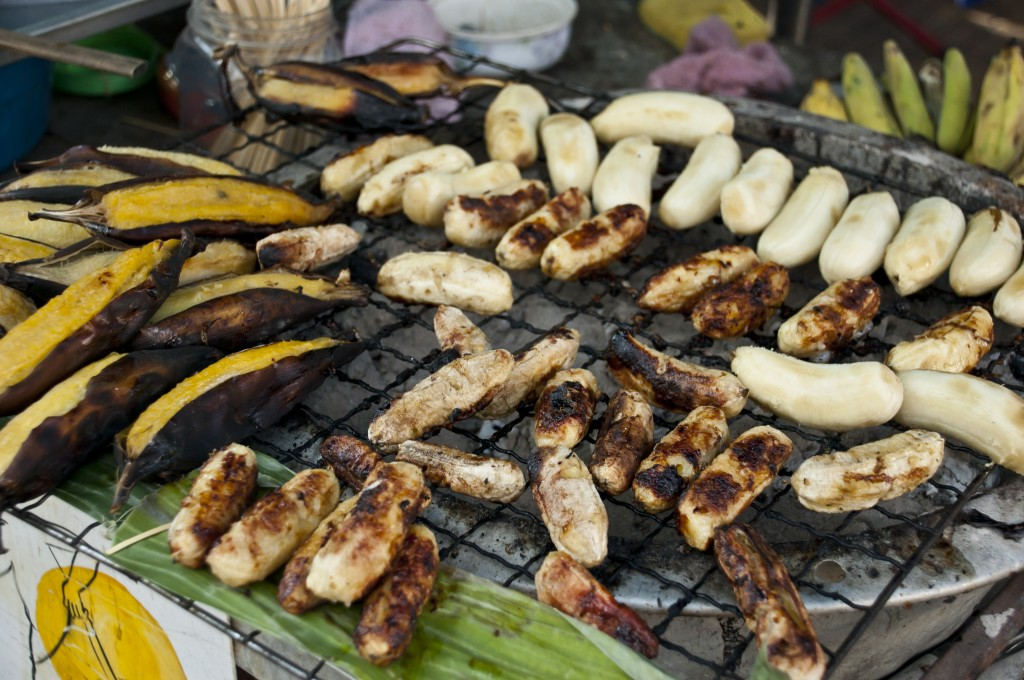 Zdjęcia: ulica, Bangkok, Pyszne pieczone bananki :), TAJLANDIA
