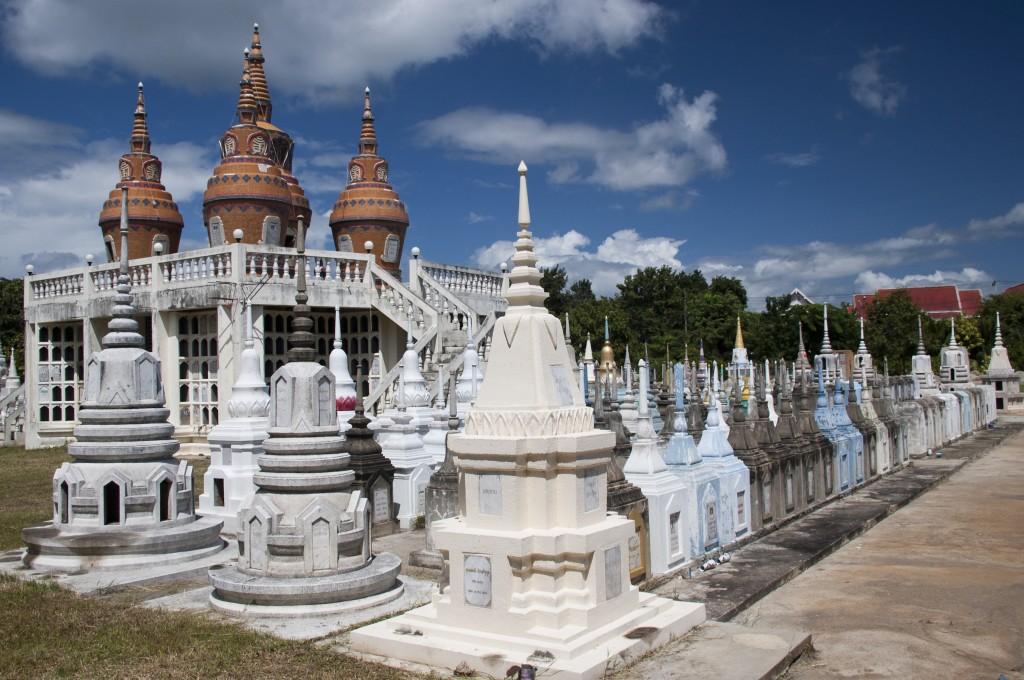 Zdjęcia: Kanchanaburi, Kanchanaburi, Cmentarz w Kanchanaburi, TAJLANDIA
