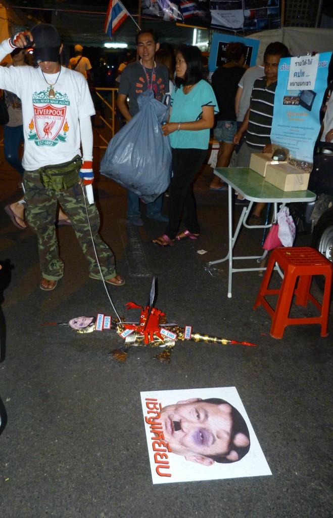 Zdjęcia: Bangkok, Bangkok, Manifestaje w Bangkoku, TAJLANDIA