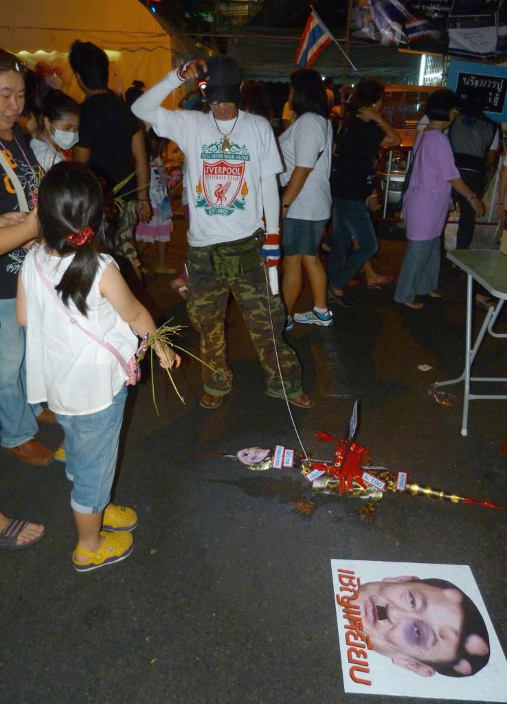 Zdjęcia: Bangkok, Bangkok, Manifestacje w Bangkoku, TAJLANDIA