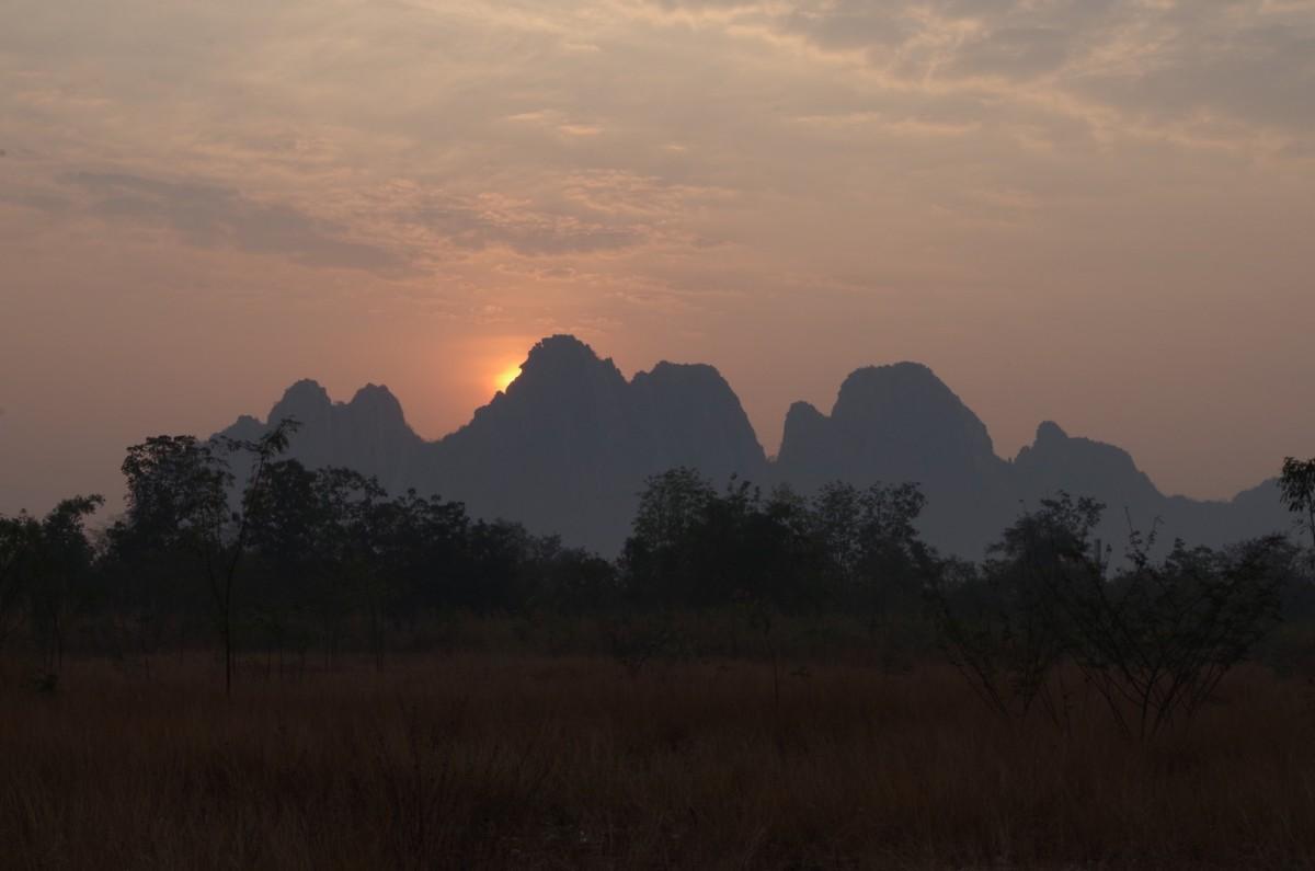 Zdjęcia: Gdzieś w drodze z północy do Bangkoku, Tajlandia kontynentalna, Tajlandia, TAJLANDIA