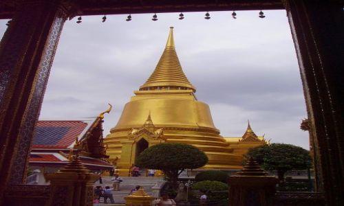 Zdjecie TAJLANDIA / Bangkok / zespół świątynny / w ramach - złota wieża