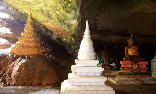 Zdjecie TAJLANDIA / południowa Tajlandia / jaskinia Monkey Cave Temple / świątynia w Monkey Cave