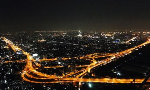 TAJLANDIA / - / Bangkok / Nocna panorama Bangkoku