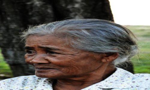 Zdjecie TAJLANDIA / - / Phitsanulok / Tajska babcia