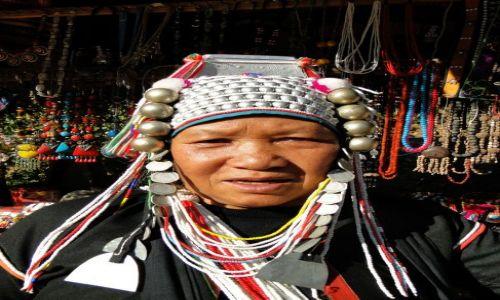 TAJLANDIA / - / Północ Tajlandii / W wiosce plemion górskich