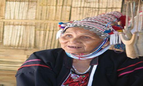 Zdjęcie TAJLANDIA / okolice Chiang Mai / 7 tribes village / Kobieta z plemienia Akha