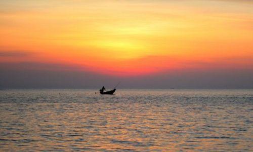 Zdjęcie TAJLANDIA / Ko Pha Ngan / Tajlandia / lodka