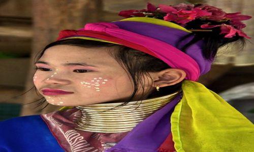 Zdjecie TAJLANDIA / Chiang Mai / 7 Tribes Village / dziewczyna z plemienia Padaung