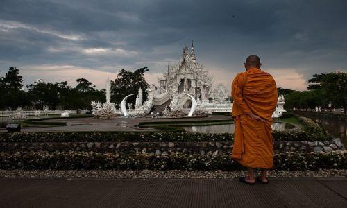 Zdjęcie TAJLANDIA / Tajlandia polnocna / Chiang Rai / Wat Rong Khun