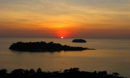 Zdjecie TAJLANDIA / - / Koh Chang / Zachód słońca