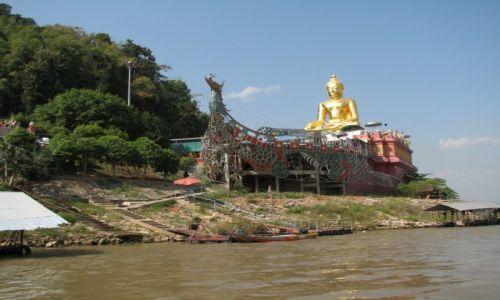 Zdjecie TAJLANDIA / P�nonca Tajlandia / Z�oty Tr�jk�t, Mekong / Budda na �odzi