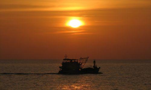 Zdjecie TAJLANDIA / Phuket / Promthep cape / Zach�d S�o�ca
