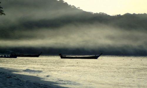 Zdjecie TAJLANDIA / wyspa / Koh hei  / wyspowy zachód