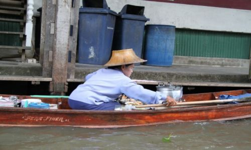 Zdjecie TAJLANDIA /  Damnoen Saduak / pływający targ w Damnern Saduak / Konkurs_Kobieta