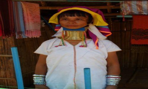 Zdjecie TAJLANDIA / Chiang Rai / Chiang Rai / Kobieta z długą szyją