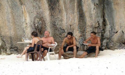 Zdjecie TAJLANDIA / Ko Phi Phi / Maya Bay / Kolacja na piasku