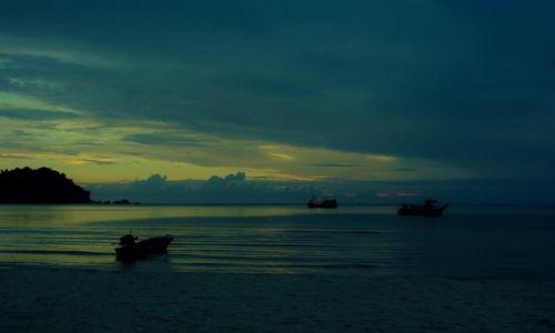 Zdjęcie TAJLANDIA / Północny-wschód wyspy. / Koh Phangan / Wschód słońca-Koh Phangan