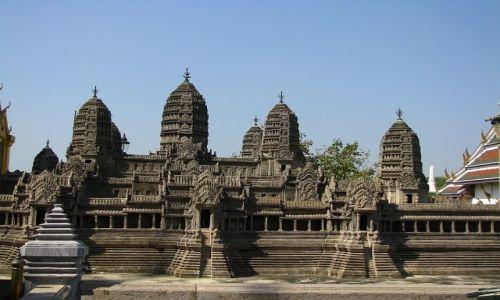 Zdjęcie TAJLANDIA / Bangkok / Bangkok / Wat Phra Kao model Angkor Watu