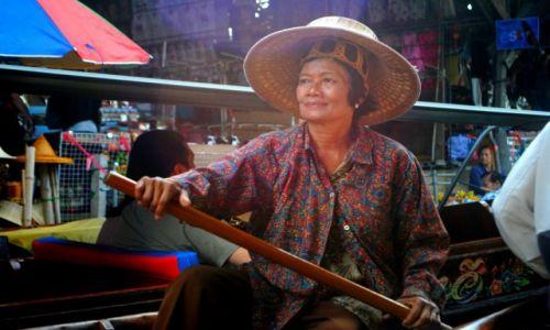 Zdjecie TAJLANDIA / Bangkok / Targ wodny / Azja wypisana na twarzy