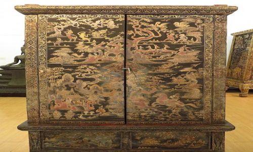 Zdjęcie TAJLANDIA / Bangkok / Muzeum Narodowe / szafa na manuskrypty buddyjskie
