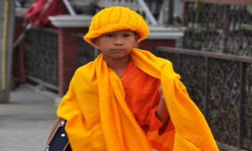 Zdjecie TAJLANDIA / północna Tajlandia / Chiang Khongh / Pierwszaczek