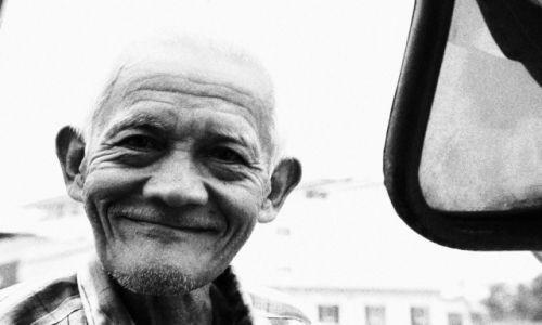 Zdjęcie TAJLANDIA / Bangkok / targ / uśmiech-serdeczny