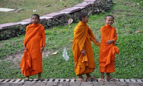 Zdjęcie TAJLANDIA / Bangkok  / Bangkok / młodzi kapłani