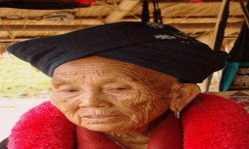 Zdjęcie TAJLANDIA / Północ / wioska plemienia Lisu / W turbanie