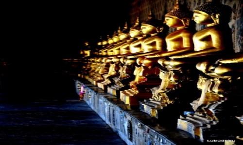 Zdjecie TAJLANDIA / Bangkok / Wat Pho / Magia dalekiego