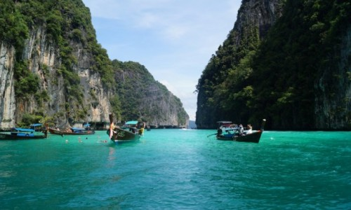 TAJLANDIA / Morze Andamańskie / Ko Phi Phi / Szmaragdowe morze