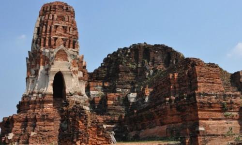 Zdjecie TAJLANDIA / Na północ od Bangkoku / Ajuttia / Ruiny świątyni w Ajuttii