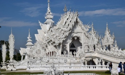 TAJLANDIA / Chiang Rai / San Sai / Świątynia Rong Khun