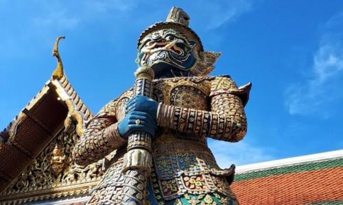 TAJLANDIA / Bangkok / Wat Phra Kaeo / Yaksha, czyli strażnik