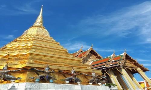 Zdjecie TAJLANDIA / Bangkok / Wat Phra Kaeo / Olśniewające i monumentalne