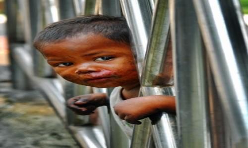 TAJLANDIA / Bangkok / Bangkok / Dziecko ulicy