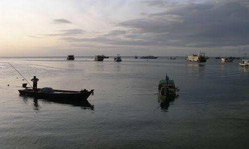 Zdjęcie TAJLANDIA / Zatoka Tajlandzka / Ko Tao / w porcie
