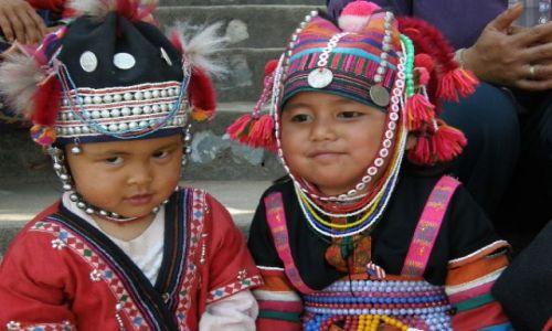 Zdjecie TAJLANDIA / brak / nad rzeką Mekong / uśmiechza 1 dolca