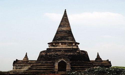 Zdjecie TAJLANDIA / Ayutthaya / Ayutthaya / Wat Phra Si Sanphet