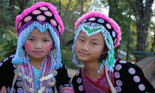 Zdjęcie TAJLANDIA / Chiang Mai / Chiang Mai / Małe damy