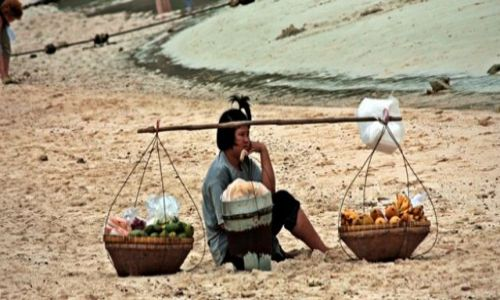 Zdjęcie TAJLANDIA / brak / Pattaya / dlaczego nik nic nie kupuje???