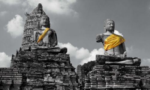 Zdjecie TAJLANDIA / Tajlandia  / Ayuttaya / Żółty szalik