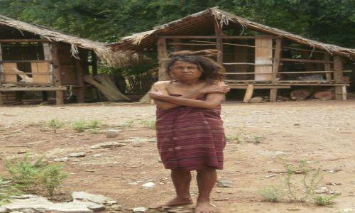 Zdjecie TAJLANDIA / 80km na północ od chiang mai / pół tajlandii / kobieta z plemi